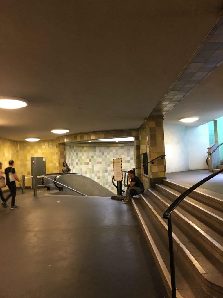Nollendorfplatz in Berlin | Inside the U-Bahn station