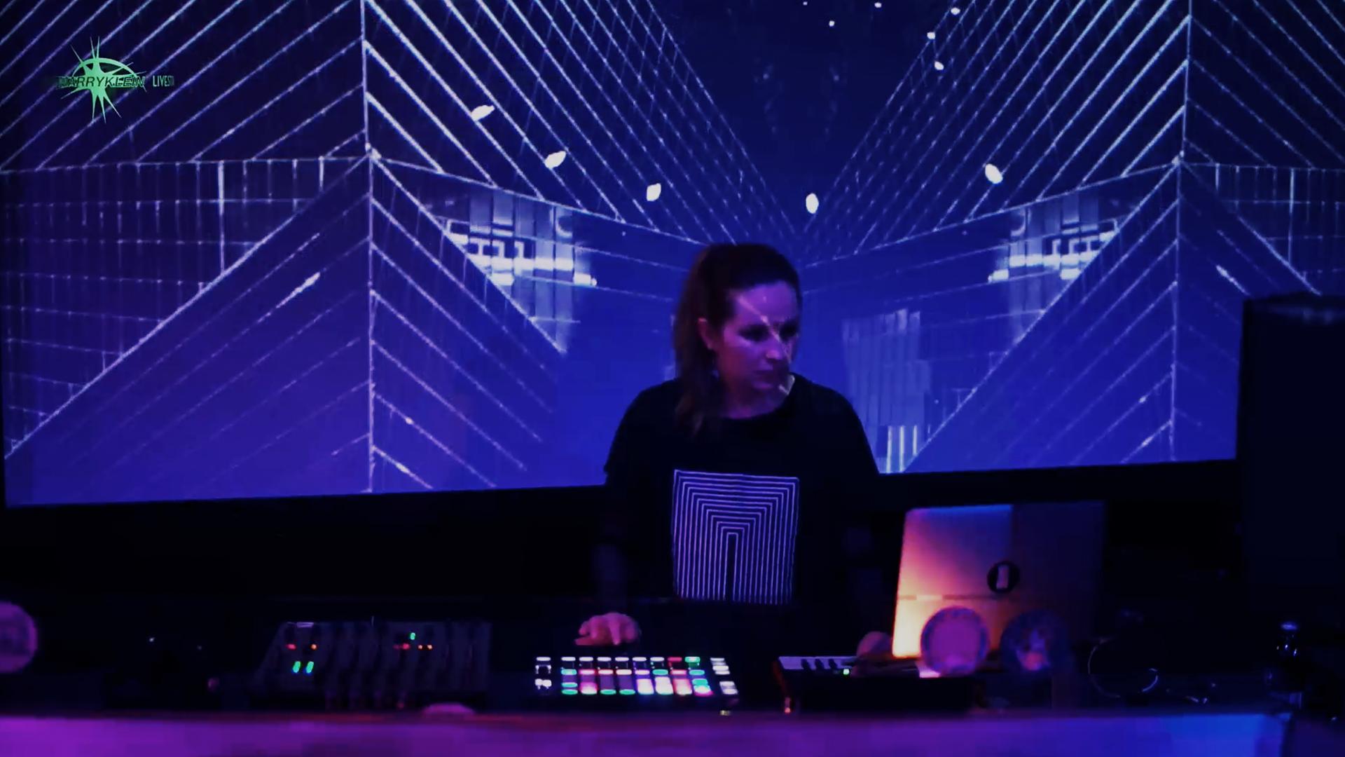 Kata Dumur – Live Set 11.06.2020 Marry Klein Festival